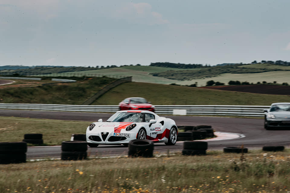 Track Day Auto – Open Pit Lane – Smart Driving